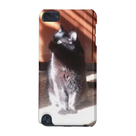 black cat in thought iPod Touch 5g iPod Touch (5th Generation) Cases