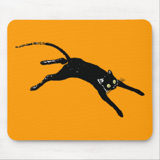 Black cat running mouse pad