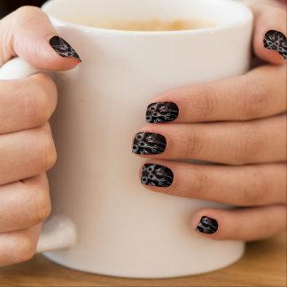 Black fractal minx nail art