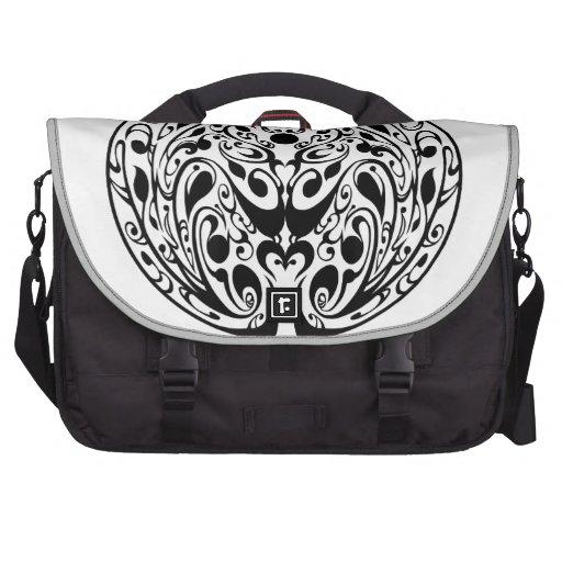 Black labyrinth 1 laptop bags