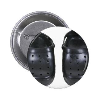Black rubber clogs 6 cm round badge
