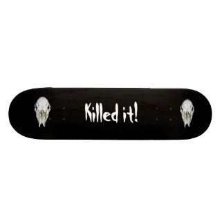 Black skull skateboard