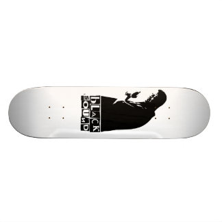 black sound skate board