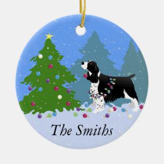Black Springer Spaniel Decorating Christmas Tree Round Ceramic Decoration