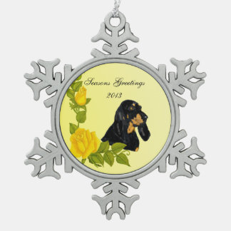 Black & Tan Coonhound and Yellow Roses Pewter Snowflake Decoration