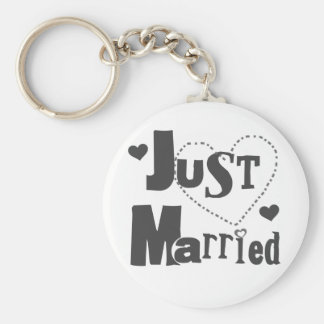 Black Text with Heart Just Married Keychains