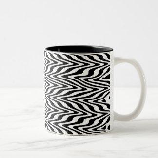 Black & White Abstract Zigzag Mug