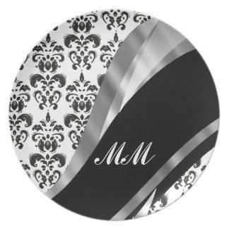 Black & white damask dinner plates