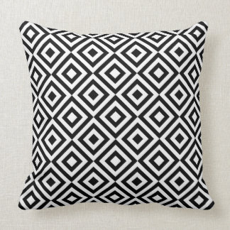 Black & White Geometric Diamond Pattern Throw Pillow