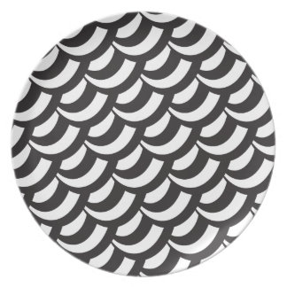 Black & White Geometric Pattern Plate