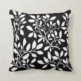 Black & White Leaf cushion