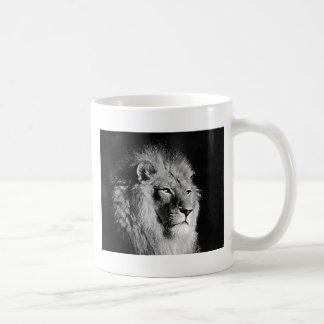 Black & White Lion Photo Coffee Mug