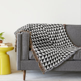 Black & White Optical Illusion. Throw Blanket