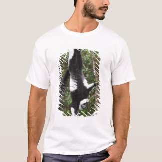 Black & white ruffed lemur hanging up-side-down T-Shirt
