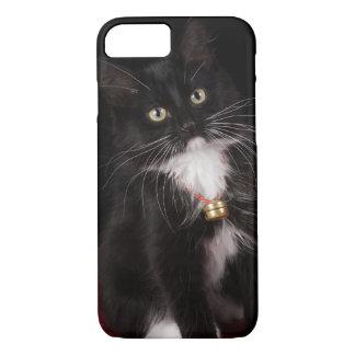 Black & white short-haired kitten,2 1/2 months iPhone 7 case