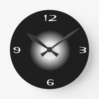 Black withWhite >Plain Patterned  Wall Clock