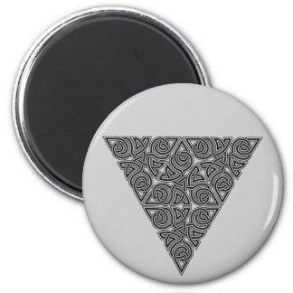 Blackwork Triangle Knot Round Magnet