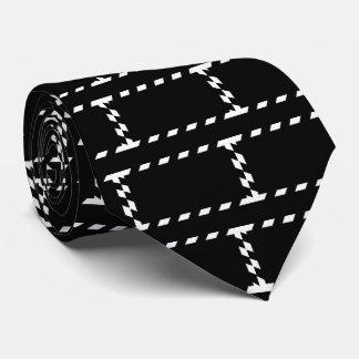 Blank Envelopes Minimal Tie