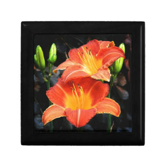 Blazing Lilies Small Square Gift Box