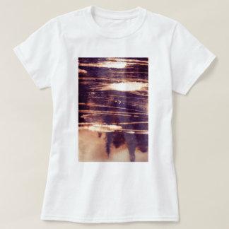 bleach scruffily / wet shirts