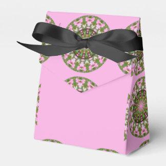Bleeding Heart Nature, Flower-Mandala 05.f Favour Box