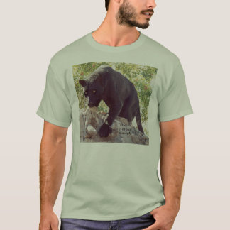 Blk Leopard on rocks t T-Shirt