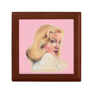 Blonde beauty,pin-up art gift box
