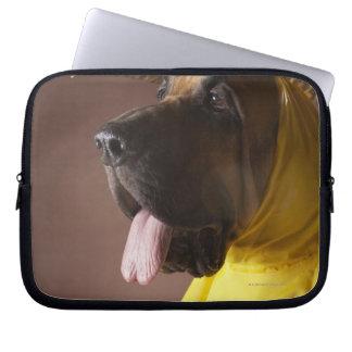 Bloodhound dog. laptop sleeve