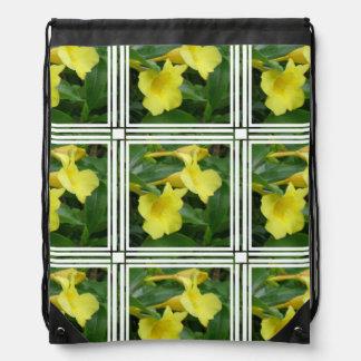 Blooming Yellow Trumpet Vine Drawstring Bag