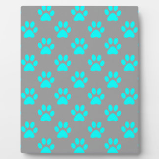 Blue and grey paws pattern plaque