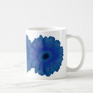 Blue chrysanthemum mug