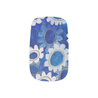 blue cogs nail art