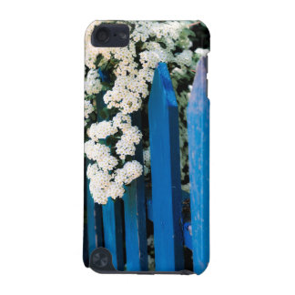 Blue fence with white flowers iPod touch 5G cover