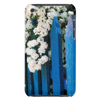 Blue fence with white flowers iPod touch Case-Mate case