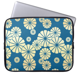 Blue gold foil glam daisy bloom pattern laptop computer sleeves