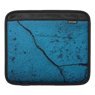 Blue old cracked wall background iPad sleeve