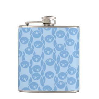 Blue penguins pattern background hip flask