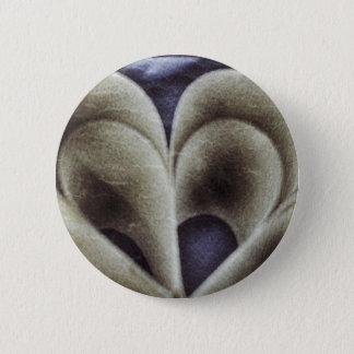 Blue petals 6 cm round badge