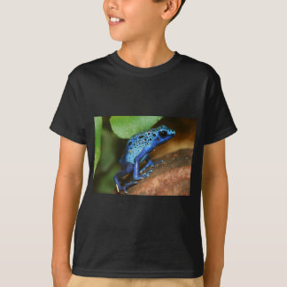 blue poison arrow frog T-Shirt
