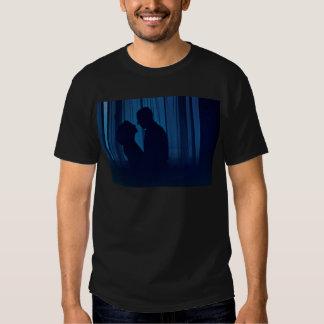 Blue silhouette couple kissing analogue film photo tshirt