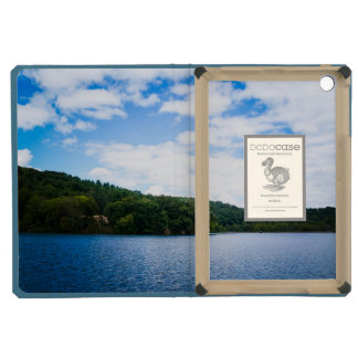 Blue Sky and Calm Waters in Spring iPad Mini Retina Cases