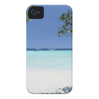 Blue sky and sea 9 iPhone 4 cover