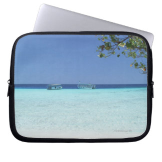 Blue sky and sea 9 laptop sleeve