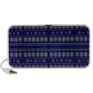 Blue snowflake pattern portable speakers