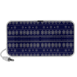 Blue snowflake pattern travel speaker