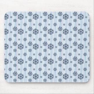 Blue snowflakes pattern design mouse pad