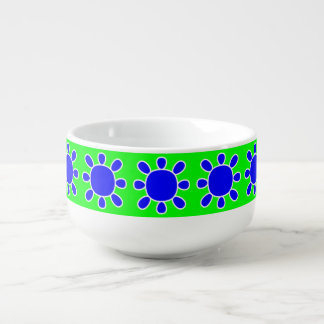 Blue sun on green soup bowl