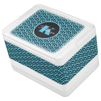 Blue Symmetrical Waves Igloo Cool Box