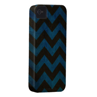 Blue ZigZag Grunge iPhone 4 Cases