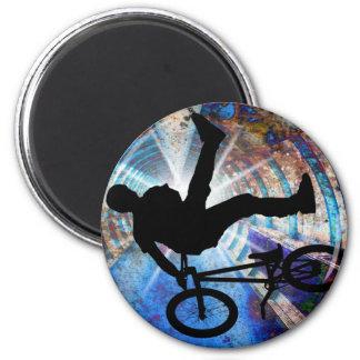 BMX in a Grunge Tunnel 6 Cm Round Magnet